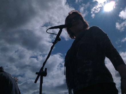 Michelle Sundholm Voice Over Artist Singing Photo14